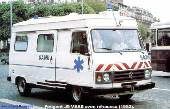 Peugeot J9 samu 1982